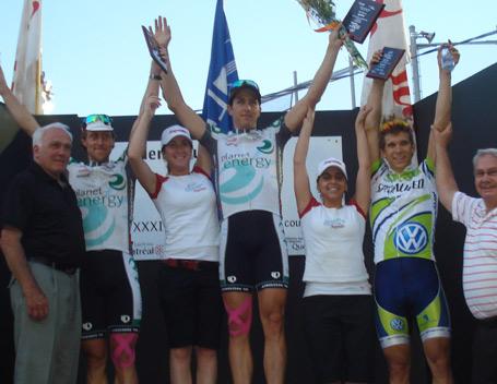 Keven Lacombe et Martin Gilbert ont donné un doublé à l'équipe Planet Energy. Guillaume Boivin complète le podium.
