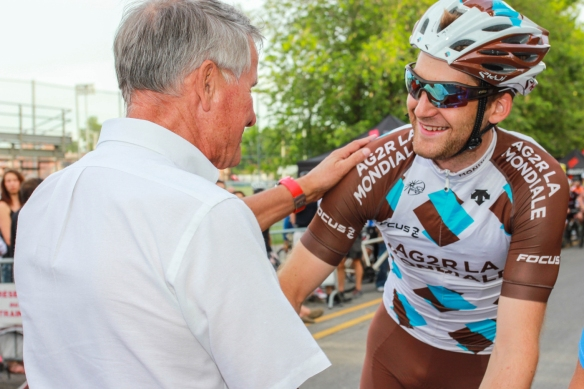 Le cycliste professionnel Hugo Houle