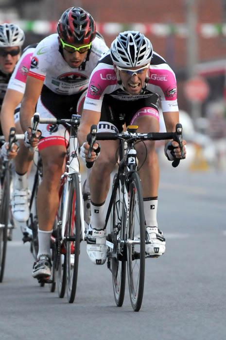 L'échappée de la 1re étape (Robert Wilson - Mardis Cyclistes)