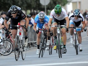 Laroche termine 3e, Veilleux 4e. (Robert Wilson - Mardis Cyclistes)