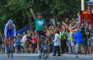Naud gagne l'étape 8 devant Doyle © M Ledoux